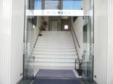 事務所周辺 アート福住ビル正面玄関の写真